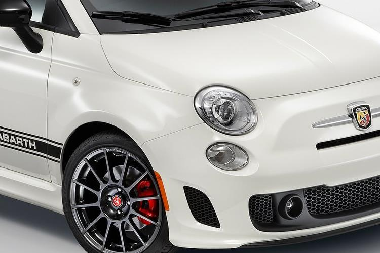 Abarth 595 C Cabrio 1.4 T-Jet 180PS Competizione 70th 2Dr Auto detail view